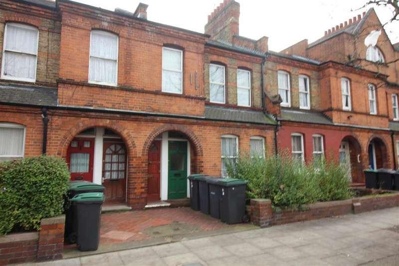 3 Bedrooms Maisonette Flat for sale in Gladstone Avenue, Wood Green