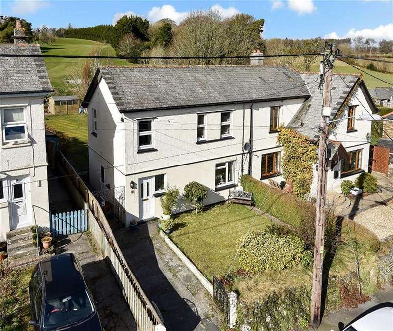 3 Bedrooms Semi Detached House for sale in North Street, St Stephens, Launceston, Cornwall, PL15