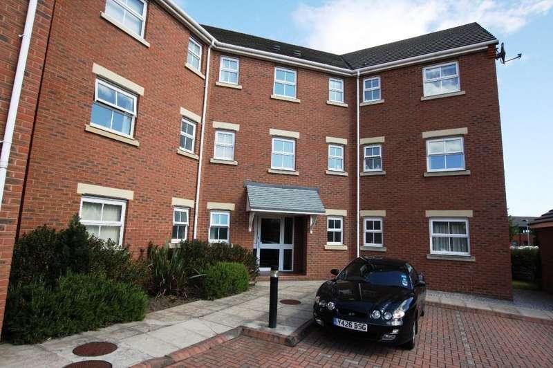 2 Bedrooms Apartment Flat for rent in Maes Deri, St Davids Park