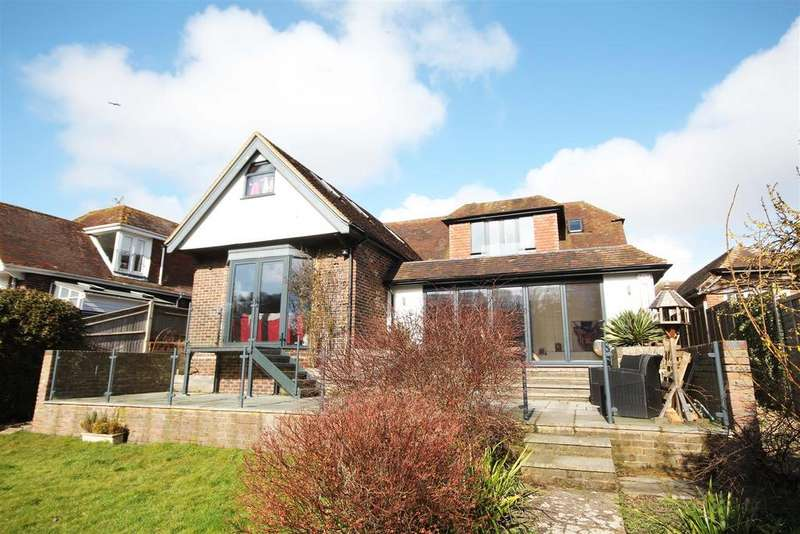 5 Bedrooms Detached Bungalow for sale in Court Close, Patcham, Brighton