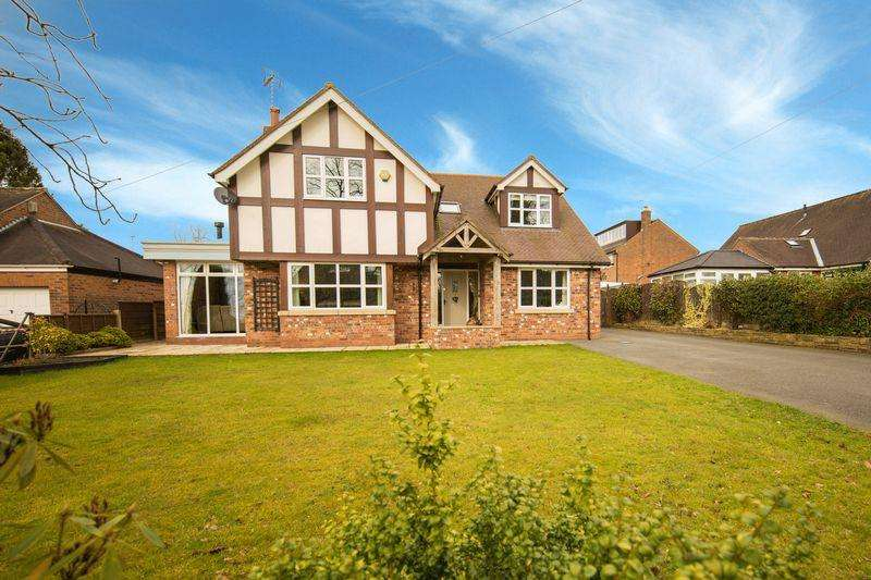 4 Bedrooms Detached House for sale in Church Lane, Henbury, Macclesfield