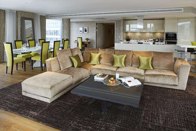 3 Bedrooms Flat for rent in Three Quays Apartments, Lower Thames Street, The City, London, EC3R