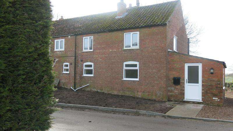 2 Bedrooms Semi Detached House for rent in Primrose Cottage, Great Sturton