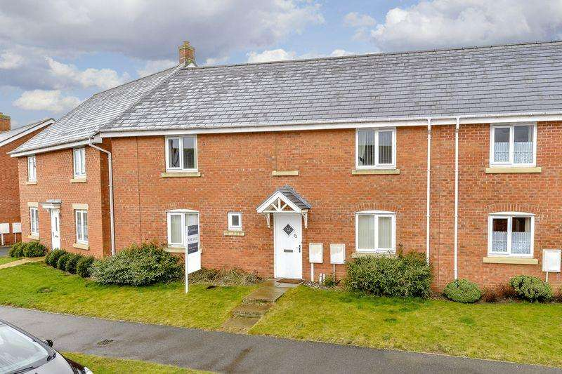 3 Bedrooms Semi Detached House for sale in Ironwood Avenue, Desborough, Kettering