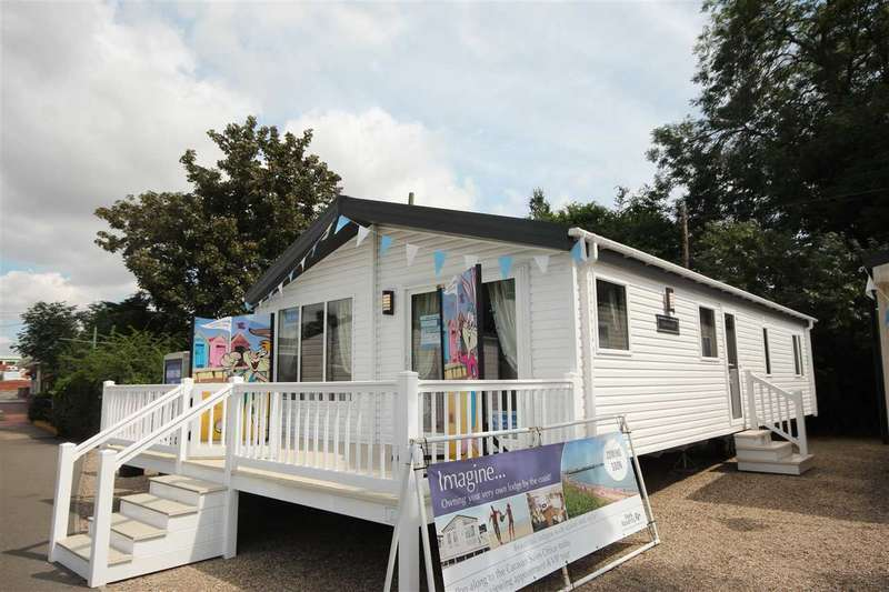 2 Bedrooms Bungalow for sale in Valley Farm Holiday Park, Willerby, Clearwater 2016, Holland-On-Sea
