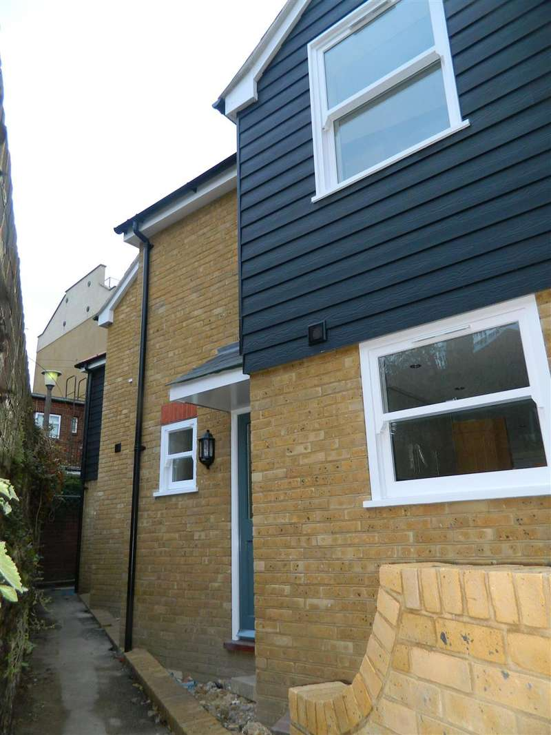 2 Bedrooms End Of Terrace House for sale in Sion Passage, Ramsgate