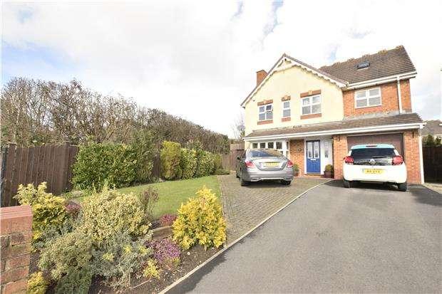 4 Bedrooms Detached House for sale in Parsons Walk, Bridgeyate, BS30 5WA