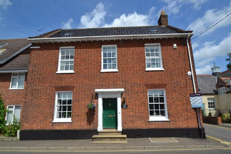 4 Bedrooms Detached House for sale in Holt