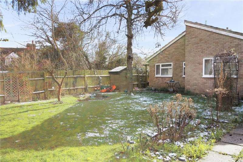 3 Bedrooms Detached Bungalow for sale in Pettitts Lane, Dry Drayton, Cambridge, CB23
