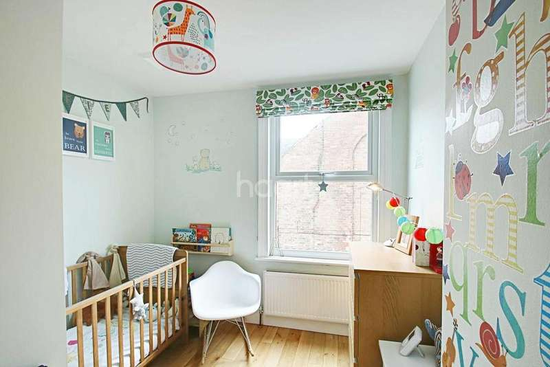 3 Bedrooms Terraced House for sale in Thoroton Road, West Bridgford, Nottinghamshire