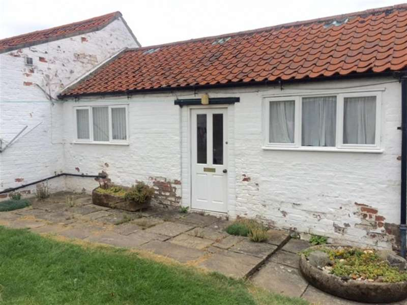 1 Bedroom Detached House for rent in Thirsk Road, Easingwold, York, YO61 3NF