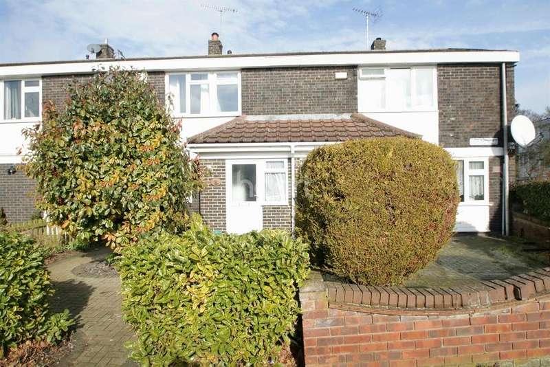 3 Bedrooms Terraced House for sale in Dordells, Basildon