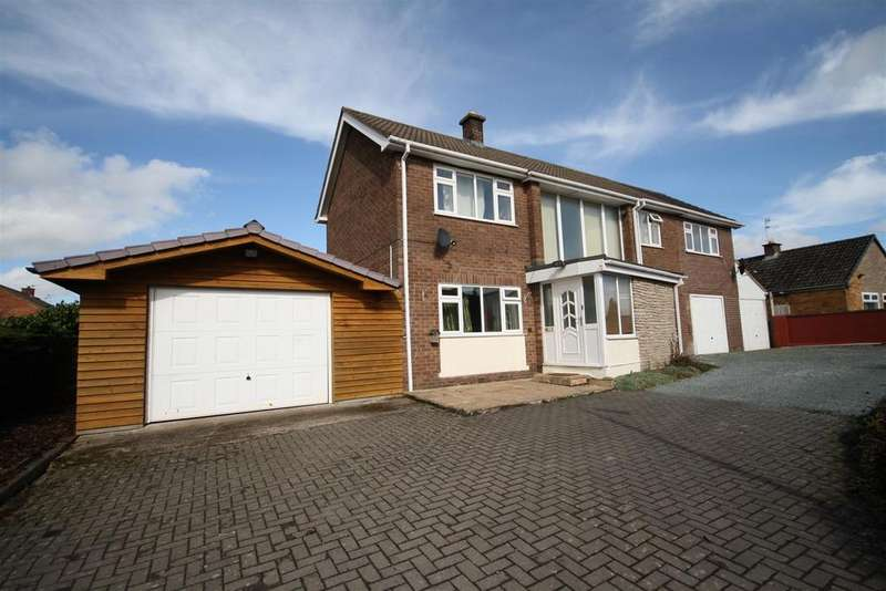 5 Bedrooms Detached House for sale in Cabin Lane, Oswestry