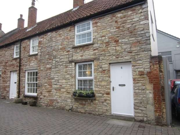2 Bedrooms End Of Terrace House for rent in Union Street, Wells, Wells