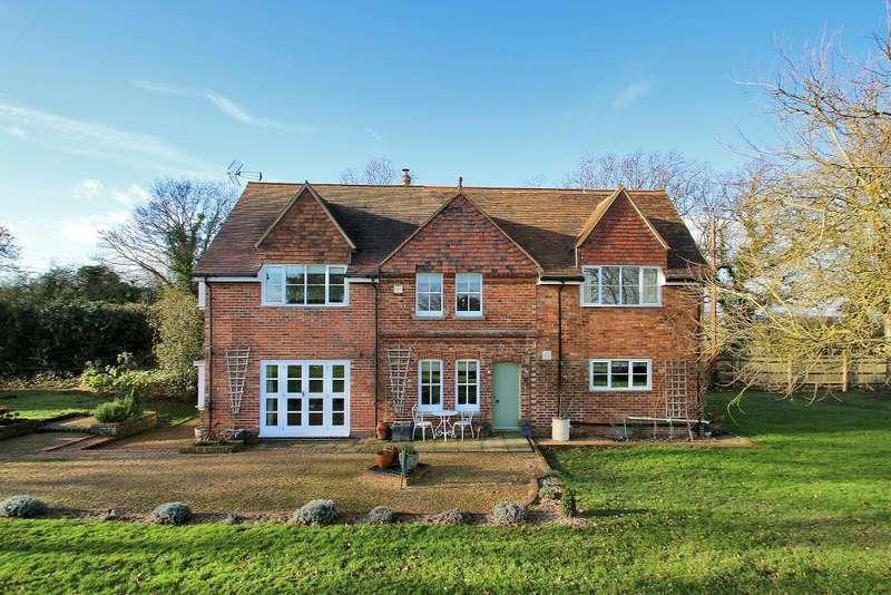 4 Bedrooms Detached House for sale in Churn Lane, Horsmonden, Kent, TN12 8HL