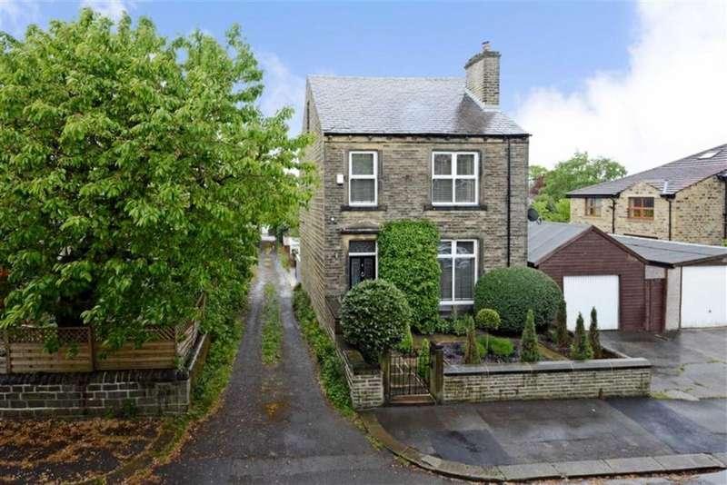 4 Bedrooms Detached House for sale in Forrest Avenue, Marsh, Huddersfield, HD1