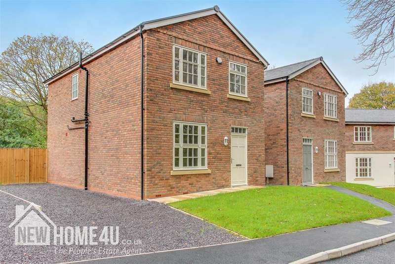 3 Bedrooms Detached House for sale in The Close, Well St, Holywell