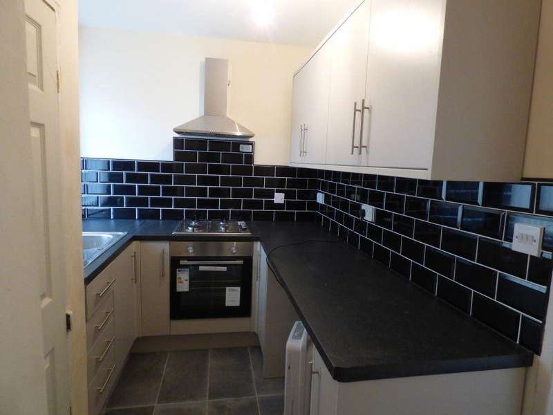 2 Bedrooms House for rent in 11 SELDON STREET, BRADFORD, BD5 9HH