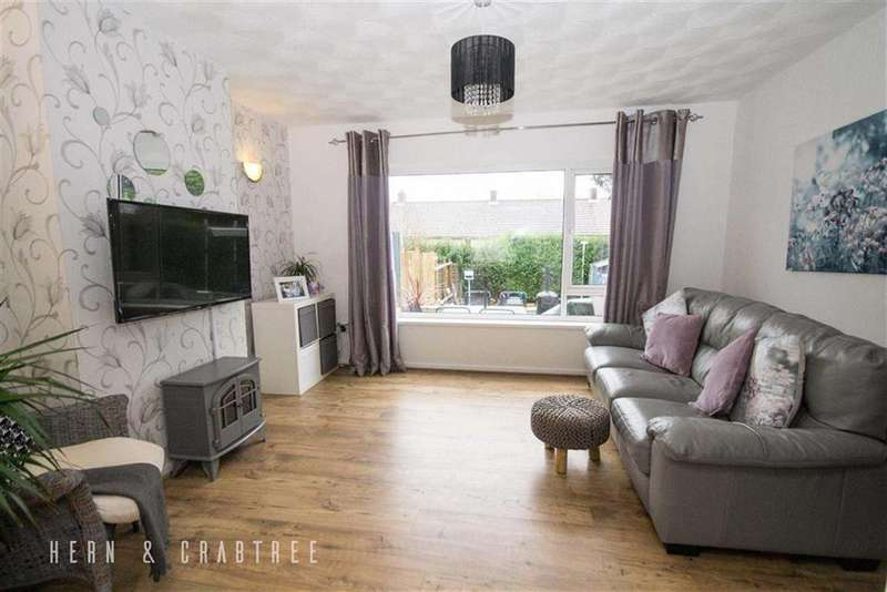 3 Bedrooms Terraced House for sale in Beechley Drive, Pentrebane, Cardiff
