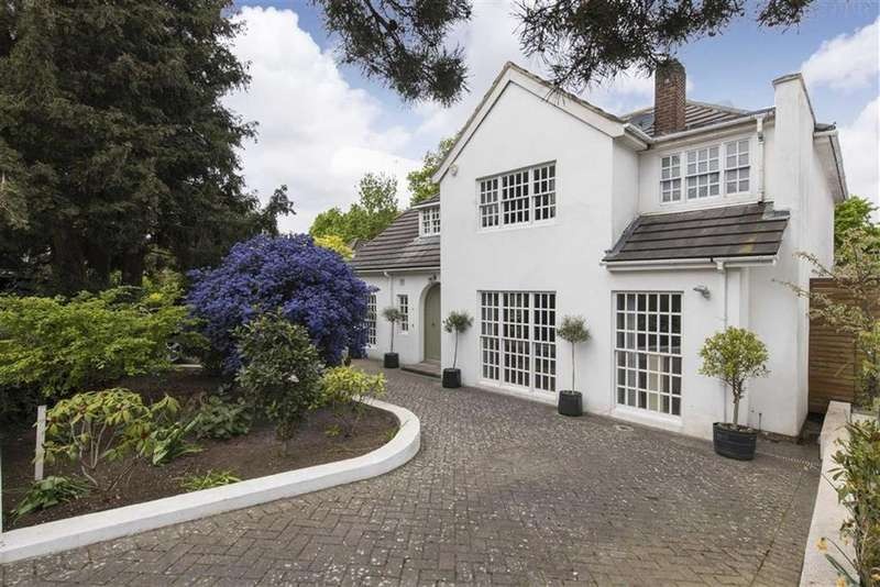 4 Bedrooms Detached House for sale in Granard Avenue, Putney, SW15