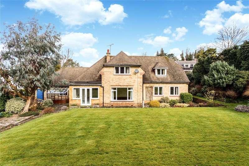 3 Bedrooms Detached House for sale in Oakfields, Sevenoaks, Kent, TN13