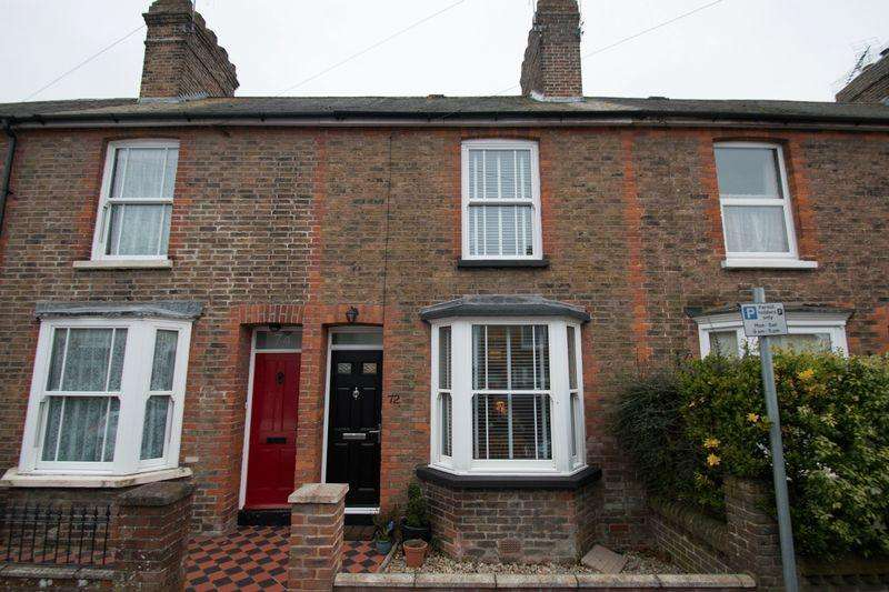 2 Bedrooms Terraced House for sale in Whyke Lane, Chichester