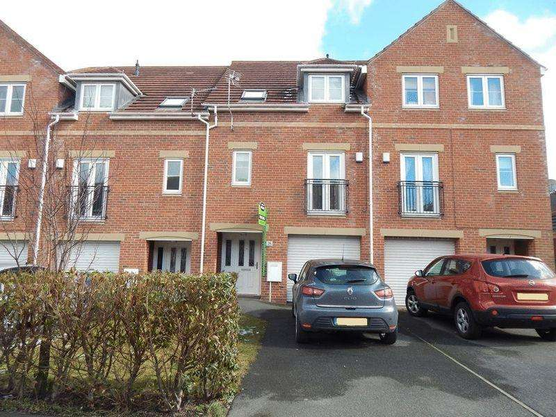 4 Bedrooms Town House for sale in Heather Lea, Bebside, Blyth