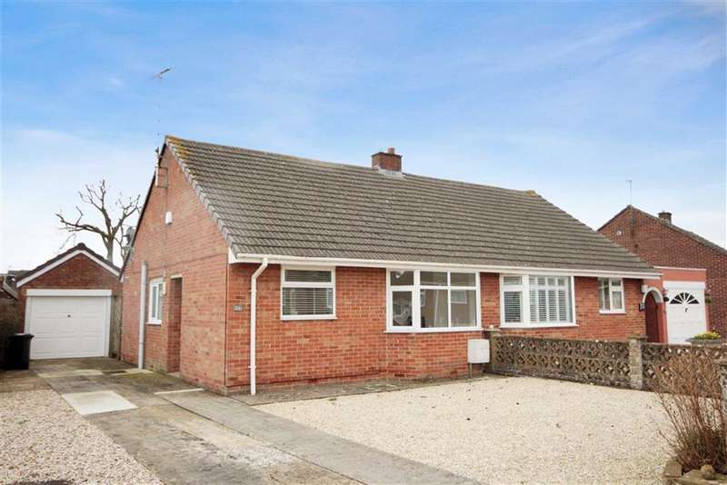 2 Bedrooms Semi Detached Bungalow for sale in Wroughton, Wiltshire