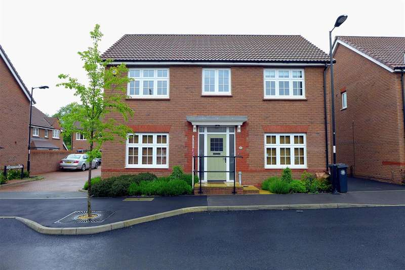 5 Bedrooms Detached House for rent in Leader Street, Stoke Park, Frenchay, Bristol