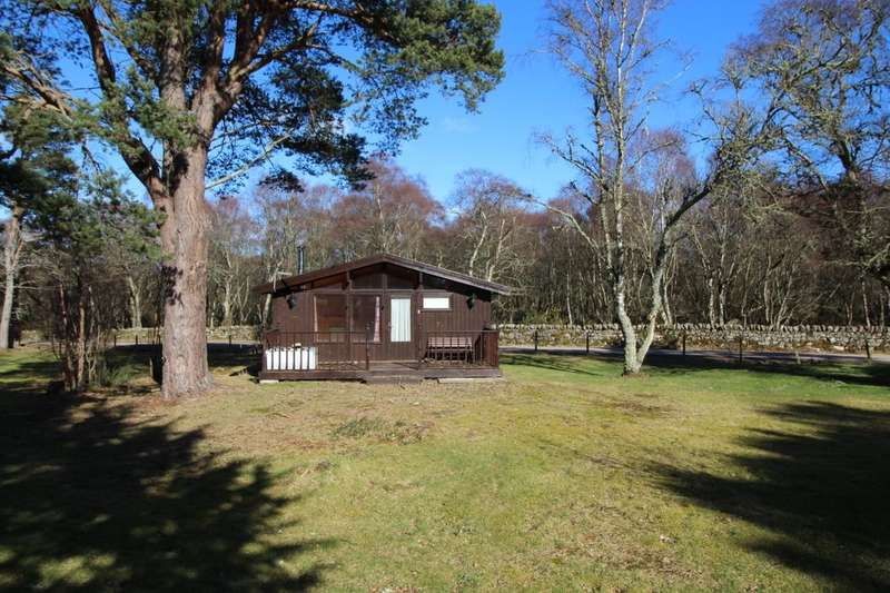 2 Bedrooms Detached Bungalow for sale in Heatherwood Park, Dornoch, IV25