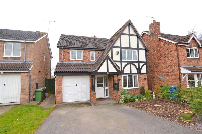 4 Bedrooms Detached House for sale in Blackberry Way, Stafford