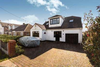 4 Bedrooms Bungalow for sale in Hockley, Essex, .
