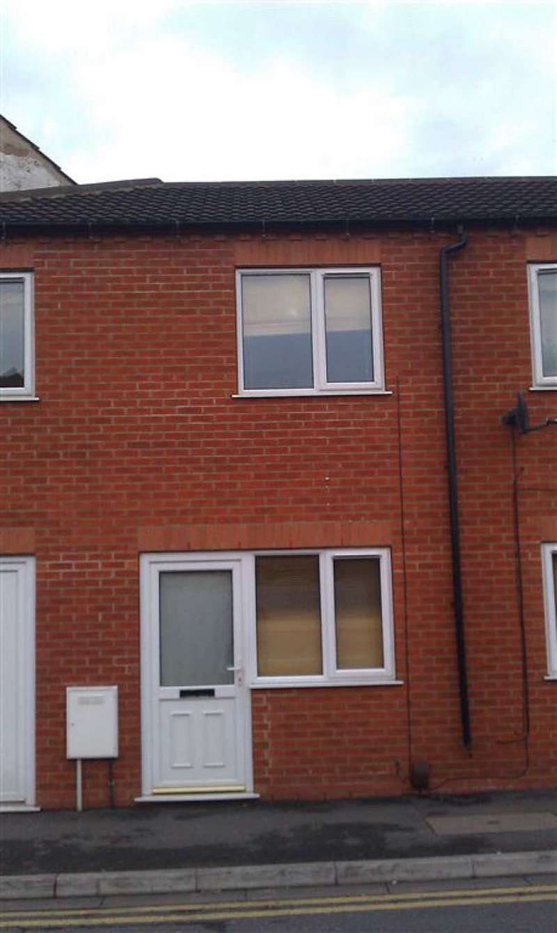 2 Bedrooms Semi Detached House for sale in St Andrews Street, Lincoln