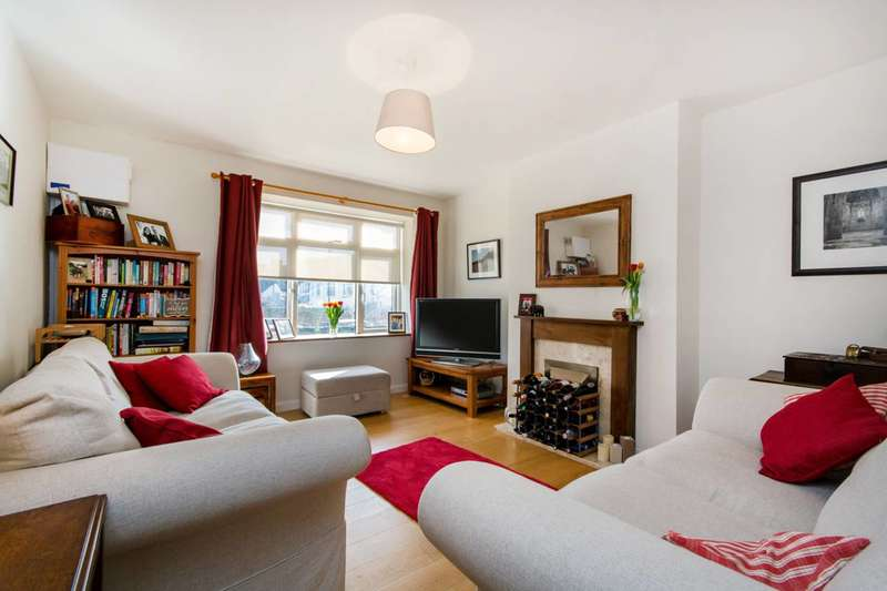 3 Bedrooms Flat for sale in Lamberhurst Road, West Norwood, SE27