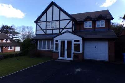 4 Bedrooms Detached House for rent in Meadow Oak Drive, Woolton.