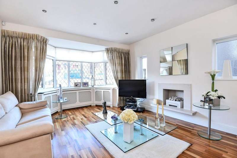 3 Bedrooms Semi Detached House for sale in Mandeville Road, Southgate
