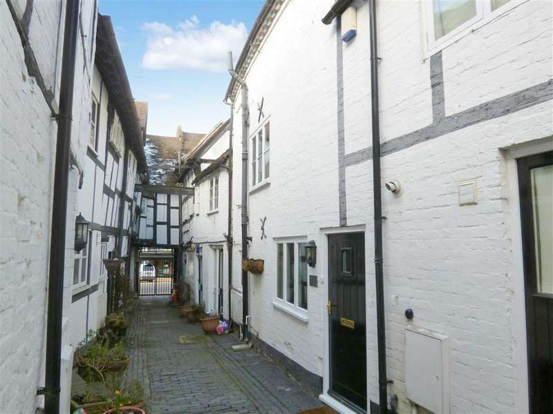 2 Bedrooms Terraced House for rent in Tudor Court, Bridgnorth, Shropshire