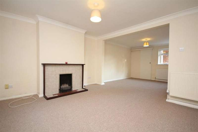 2 Bedrooms End Of Terrace House for rent in Snowdenham Lane, Bramley, Guildford
