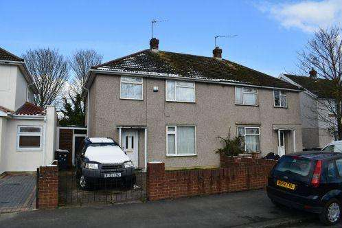 3 Bedrooms House for sale in Mercian Way, Slough