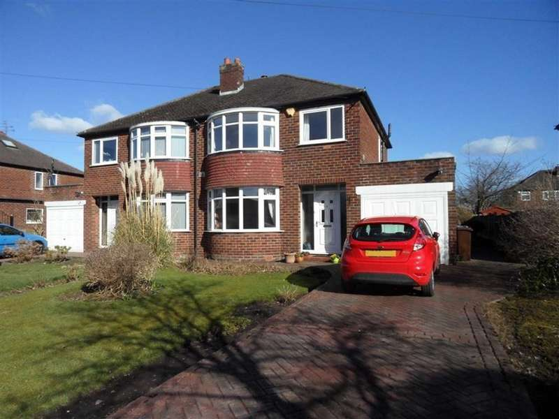 3 Bedrooms Semi Detached House for sale in Holliney Road, Peel Hall