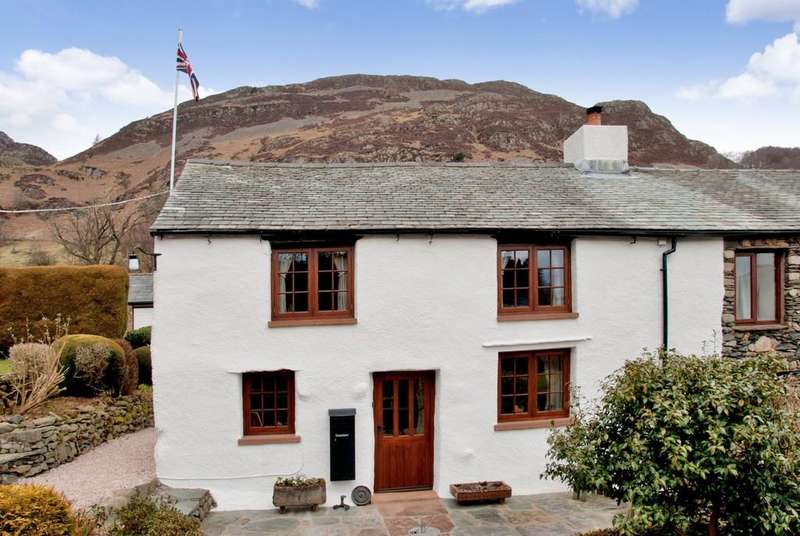 3 Bedrooms Semi Detached House for sale in Tenterhow, Glenridding, Penrith, Cumbria CA11 0QQ