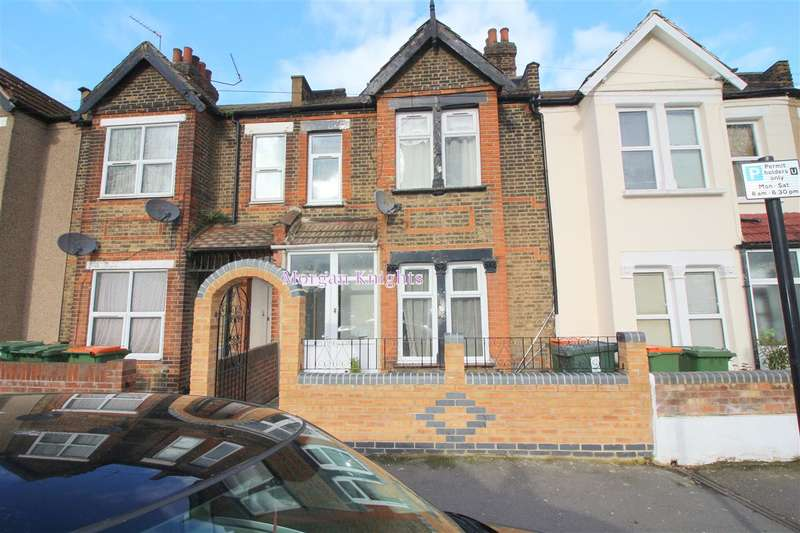 4 Bedrooms Terraced House for rent in Grangewood Street, East Ham, E6
