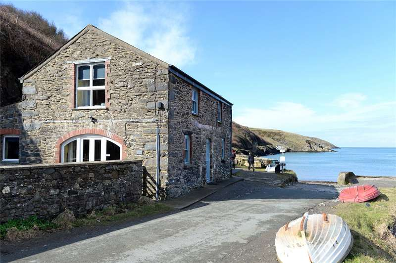 4 Bedrooms Detached House for sale in Carreg Samson, Abercastle, Pembrokeshire