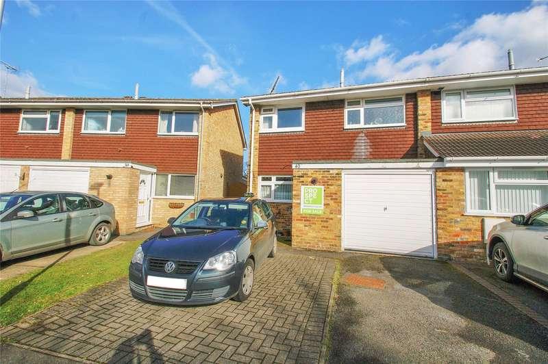 3 Bedrooms Semi Detached House for sale in Jerrymoor Hill, Finchampstead, Wokingham, Berkshire, RG40