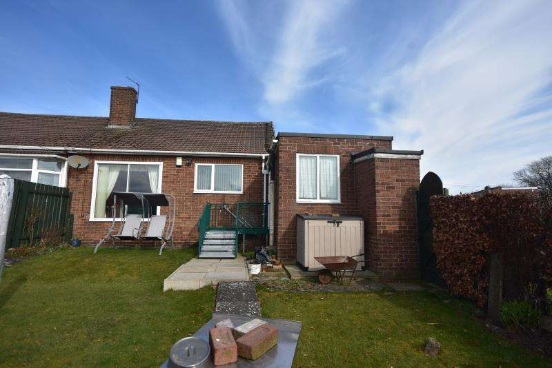 2 Bedrooms Semi Detached House for sale in Roachburn Road, Westerhope, Newcastle Upon Tyne