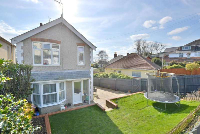 3 Bedrooms Detached House for sale in Lincoln Road, Poole, BH12 2HU