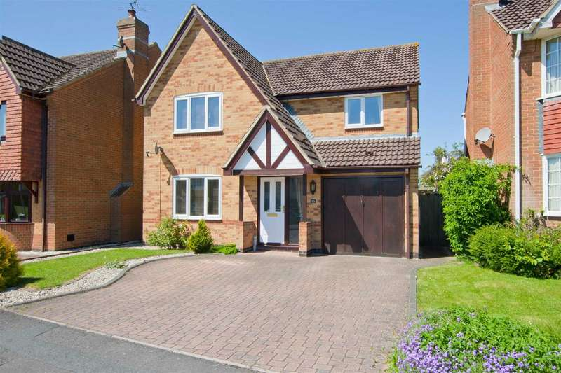 4 Bedrooms Detached House for sale in Otter Way, Royal Wootton Bassett