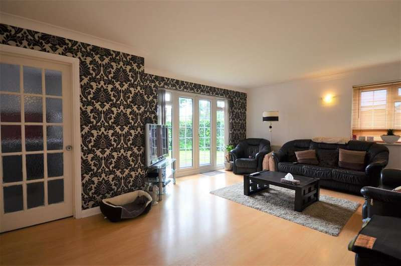 2 Bedrooms Flat for sale in Balmoral Court, 39 Wembley Park Drive, HA9 8JQ