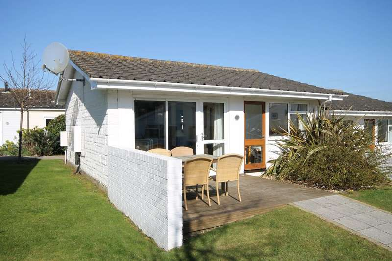 2 Bedrooms Semi Detached Bungalow for sale in Yarmouth, Isle of Wight
