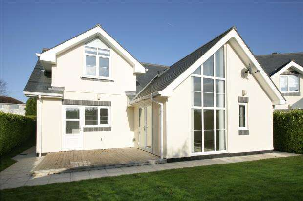 4 Bedrooms Detached Bungalow for sale in Higher Warborough Road, Galmpton, Nr. Brixham, Devon